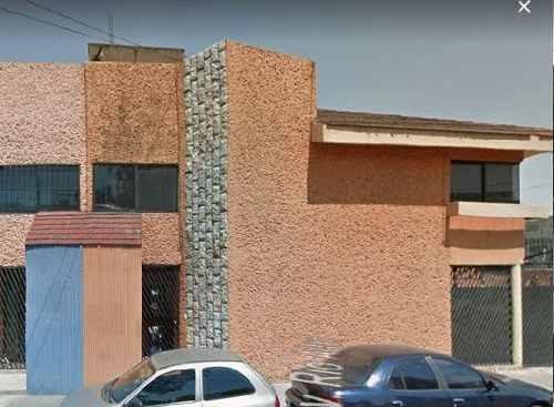 Casa En Venta. Oportunidad. Paseos De Churubusco. Cod. Be73