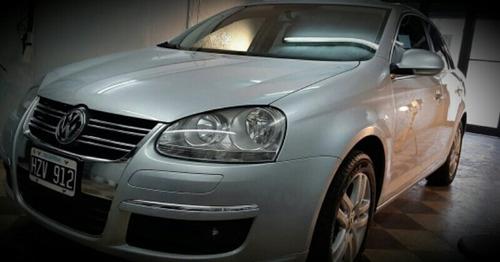 Volkswagen Vento 2.5 Advance 170cv 2009