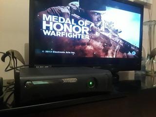Xbox 360 Élite 120gb + 20 Juegos. Barato.