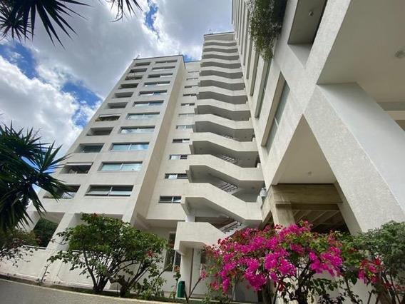 Apartamento En Venta Franquicia Comercial Chuao #20-11093