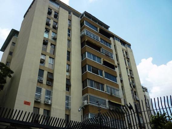 Apartamento En Alquiler San Roman Mls #20-22670