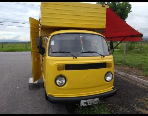 Volkswagen Kombi Furgão Bau