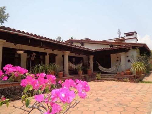 Casa Sola En Ahuatepec / Cuernavaca - Cbr-518-cs