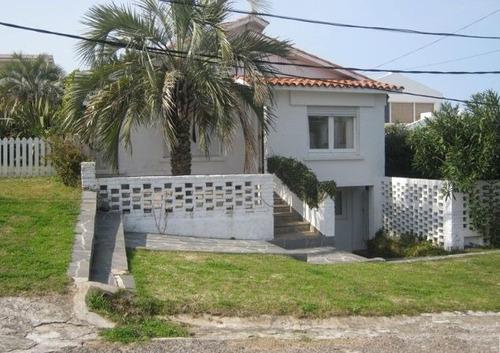 Casas En Alquiler Temporario 3 Dormitorios  La Barra Punta Del Este - Dl1204
