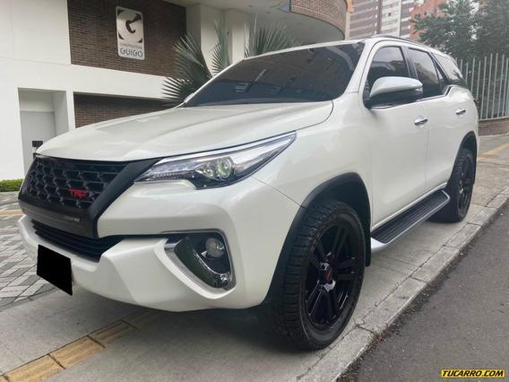 Toyota Fortuner Srv 2.8 Td 4x4