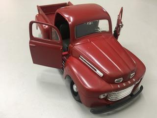 Miniatura Ford F1 - 1948 - Maisto