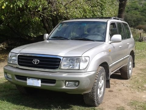 Toyota Land Cruiser Vx 100