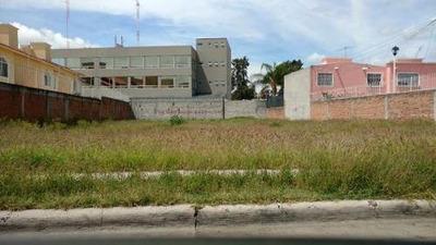(crm-738-991) Rente Terreno Ubicadisimo Para Escuelas, Estacionamientos, Etc