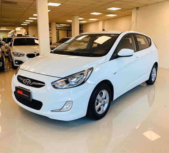 Hyundai Accent 1.5 Gls Mt 2012 ((gl Motors))