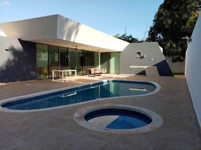 Se Vende Bella Residencia En Imí, Campeche