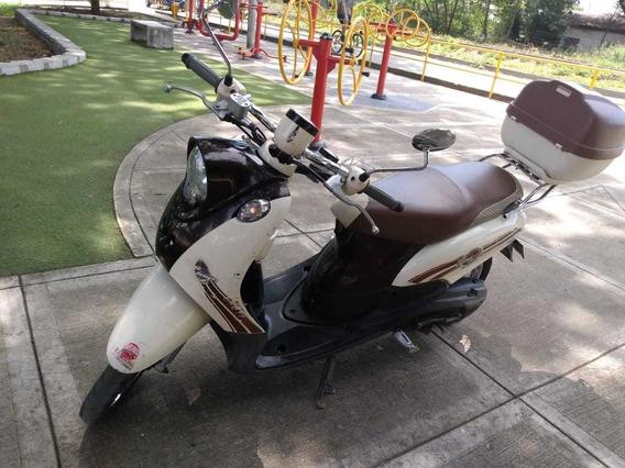 Ven Permutan Dos Motos Por Moto Carro Piagio Para Pasajeros