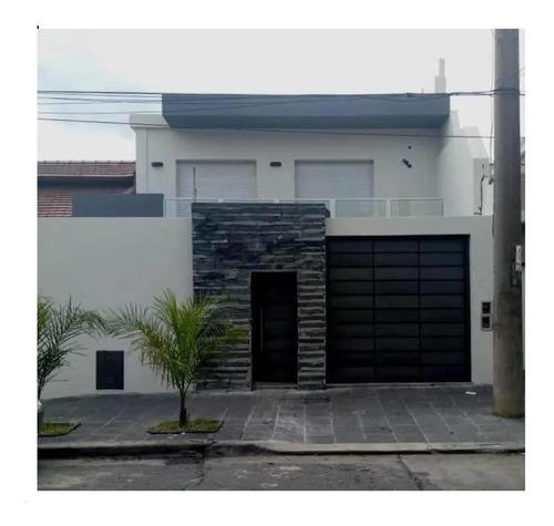 Excelente Casa De 5 Amb Con Cochera En Ramos Mejia