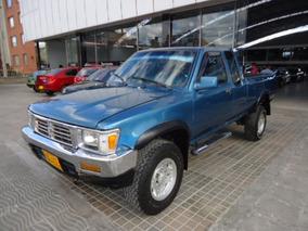 Toyota Pick Up 4x4 Cabina Y Media