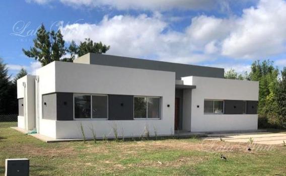 Venta - Casa A Estrenar En Malibú