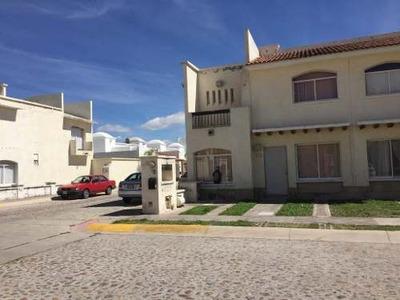 Casa En Venta, Fracc. La Rioja, Pte. Ags. Rcv 301096
