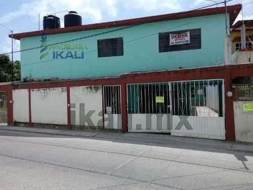 Vendo Casas En Tuxpan Veracruz Col. Ampliacion Rodriguez Cano, Son Dos Casas En El Mismo Terreno, Se Encuentran Ubicadas En La Calle Libertad # 13-14 De La Colonia Ampliación Enrique Rodríguez Cano C