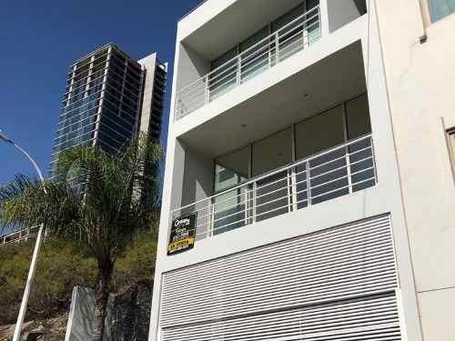 340190-casa En Venta En Fuentes Del Valle En San Pedro Garza Garcia