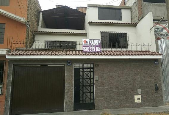 Casa En Los Olivos, Frente A Parque.