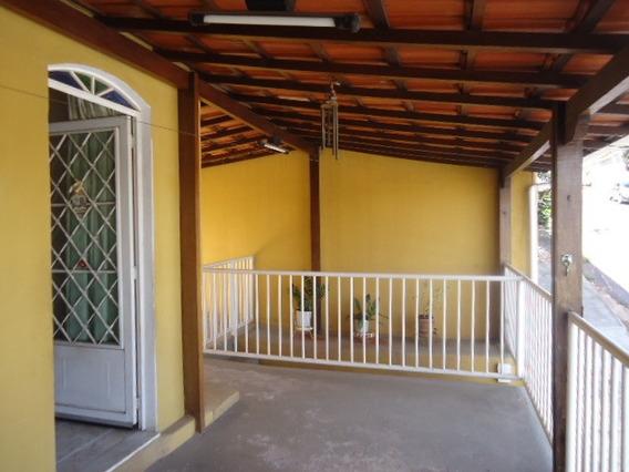 Casa Com 3 Quartos Para Comprar No Gloria Em Belo Horizonte/mg - 12494