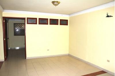 Casas En Arriendo Pie De La Popa 665-445