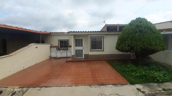 Casa En Venta Villas De Yara Yaracuy 20-22482 Jcg