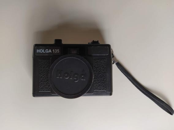 Câmera Holga 135