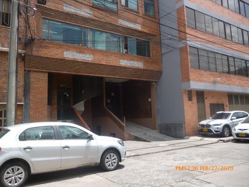 Oficinas En Arriendo Santa Cecilia Modelia 172-1292