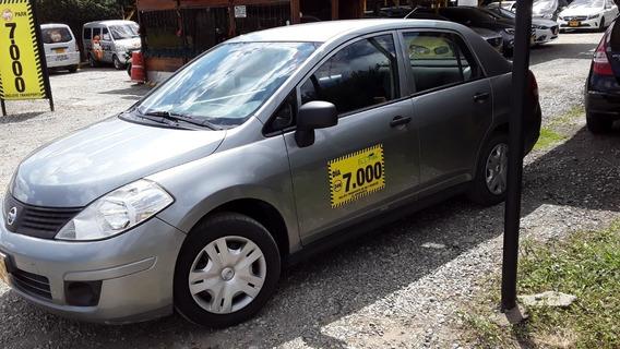 Nissan Tiida Tiida Miio 2012