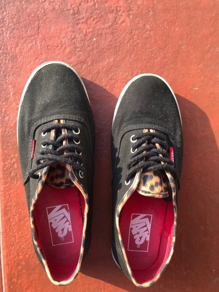 Zapatillas Vans Color Negro Con Estampado Talle 36 Usa