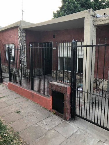 Casa  San Antonio De Padua C/escritura 2 Dormt Cochera