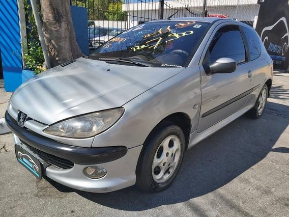 Peugeot 206 2002 1.6 16v Quiksilver 3p