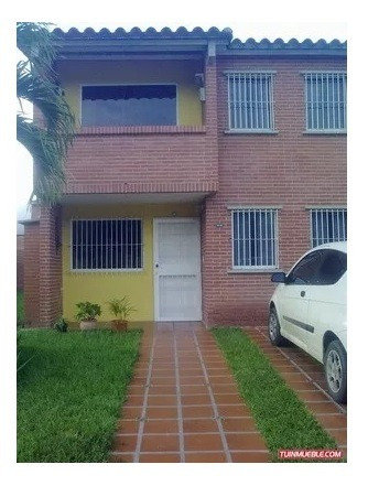Casa En Tzas Del Ingenio, Trato Propietaria, 04242739638