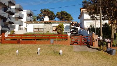 Casa Dúplex. Av.2 Y142. V. Gesell. Por Quincenas. Temp.2019