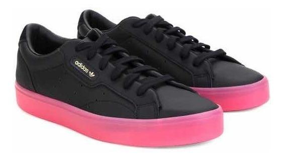 Tênis adidas Sleek Feminino Preto Solado Rosa