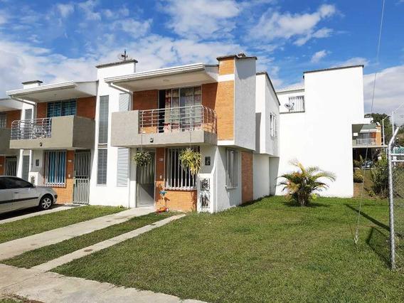 Se Vende Casa Esquinera Villa Verde