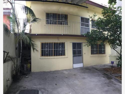 Imagen 1 de 12 de Casa Sola En Venta Bugambilias