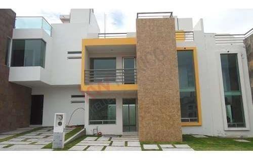 Venta De Casa Con Recámara En Planta Baja, $2,990,000 En Hacienda La Concepción, San Agustín Tlaxiaca, Hidalgo.