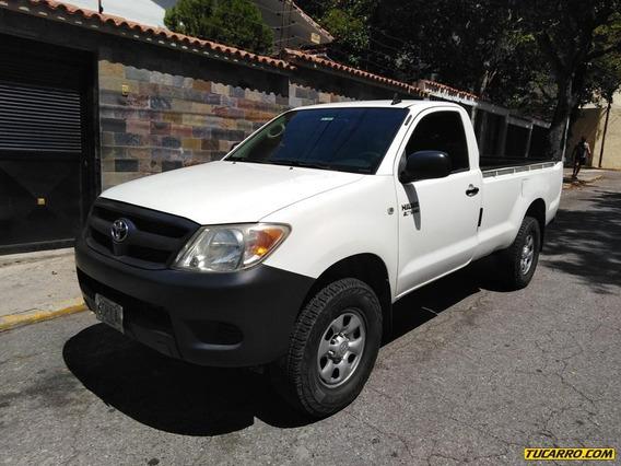 Toyota Hilux Cabina Sencilla 4x2