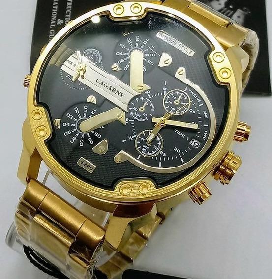 Relógio De Pulso Dourado Fundo Preto Pesado Promoção