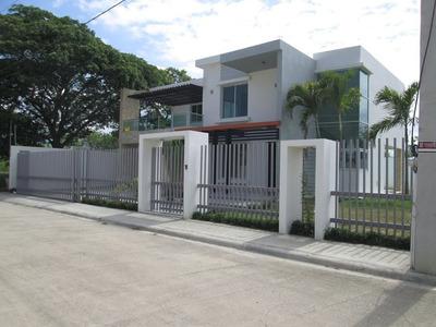 Coalicion Vende Casa 521 Mts2 2 Niveles Con Piscina Nueva