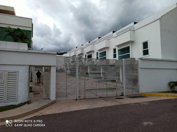 Casa En Paramillo Suites & Plaza