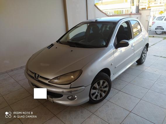Vendo Peugeot 206 1.4 Mod/ano 2008 R$ 8.740,00