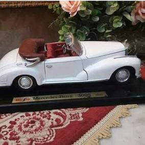 Carro Mercedes Miniatura