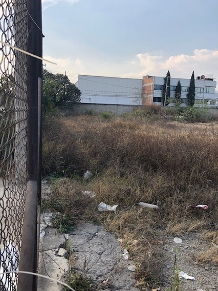 Terreno Uso Industrial, Esquina.