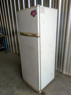 Heladera Con Freezer Philco 260 Litros Buen Estado Fr-be26xp