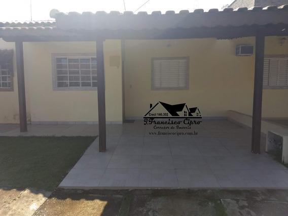 Casa A Venda No Bairro Cruz Em Lorena - Sp. - Cs009-1