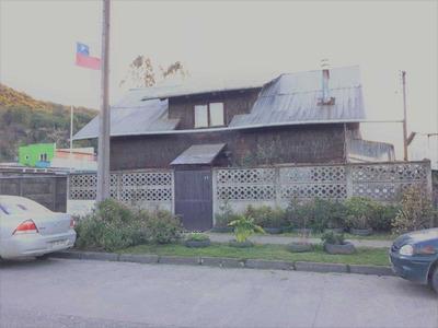 Casona Comercial En Av. Colón, Puerto Varas
