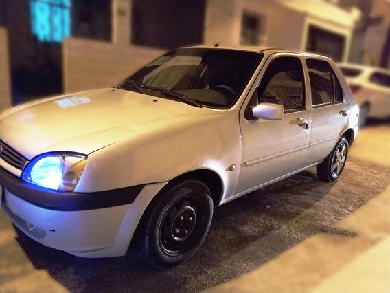Fiesta Zetec Rocam Banco Couro + Som Multi. + Vidro + Ar
