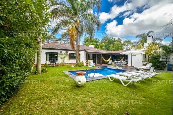 Casa De Cuatro Dormitorios En Venta - Punta Del Este-ref:28779