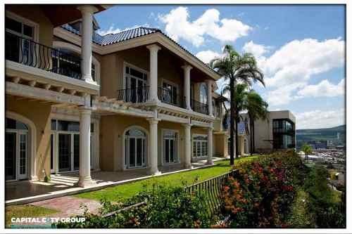 Hermosa Residencia En Pedregal De Vista Hermosa Querétaro